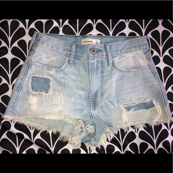 abercrombie kids Other - Distressed shorts